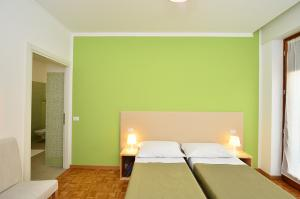 apartments for short/medium-term stays